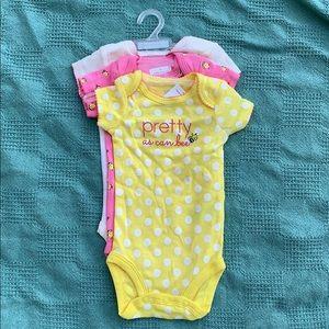Baby girl 3 piece onesies
